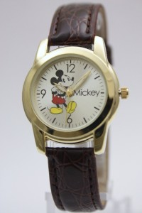 New Mickey Mouse Collectible Gold Tone Brown Leather Band Watch MCK612