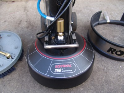 ROTOVAC 360 TILE FLOOR GROUT CLEANING MACHINE WITH 2 HEADS