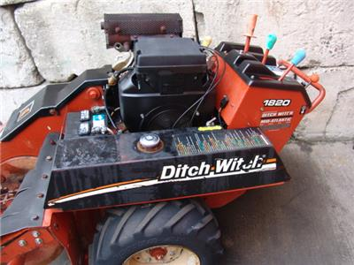 Ditch Witch 1820 Walk Behind Trencher 18hp Honda Motor