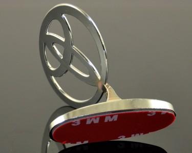 chrome 3d toyota car hood ornament emblem. Black Bedroom Furniture Sets. Home Design Ideas