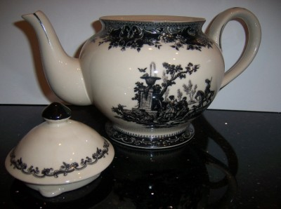 Black White Toile Porcelain Tea Pot Teapot Victorian