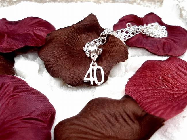 Jewelry & Watches > Fashion Jewelry > Necklaces & Pendants