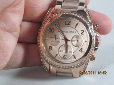 Michael Kors MK 5263 Womens Rose Gold Stainless Steel Crystal