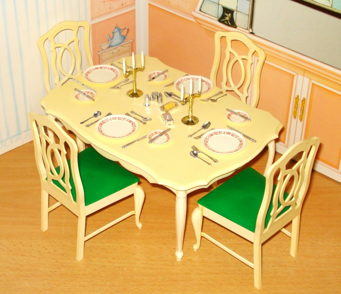 Sindy 1980 Scenesetter Dining Table Chairs With Original Accessories Ebay