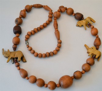 vintage ethnic bead necklace wooden boho Fondness