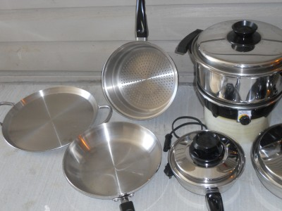 Lustre craft west bend waterless stainless cookware set for Kitchen craft waterless cookware