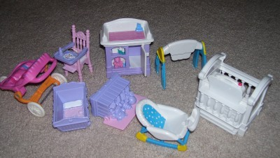 Vtg Fisher Price Loving Family Dollhouse Baby Furniture Crib Changing
