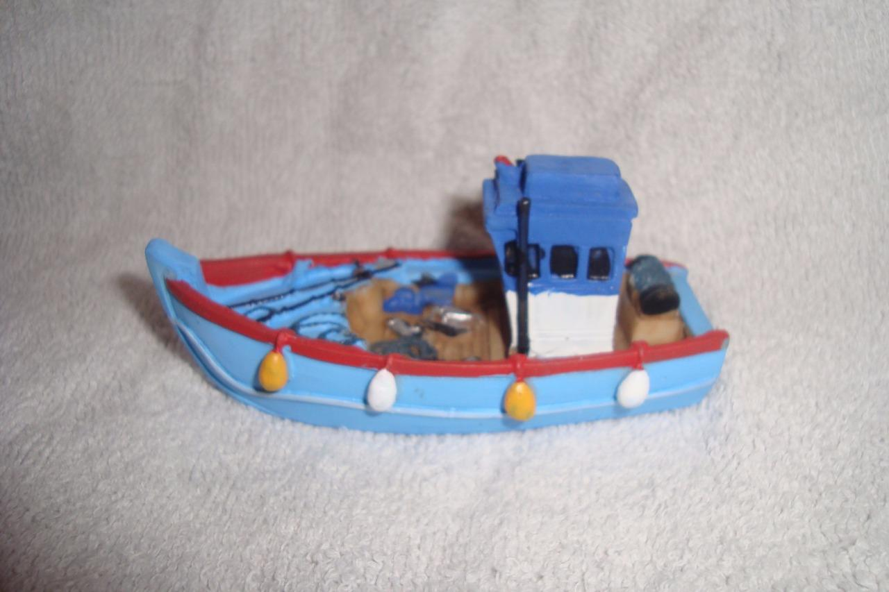 Model display ornament small fishing boats 9cm long for Ebay fishing boats