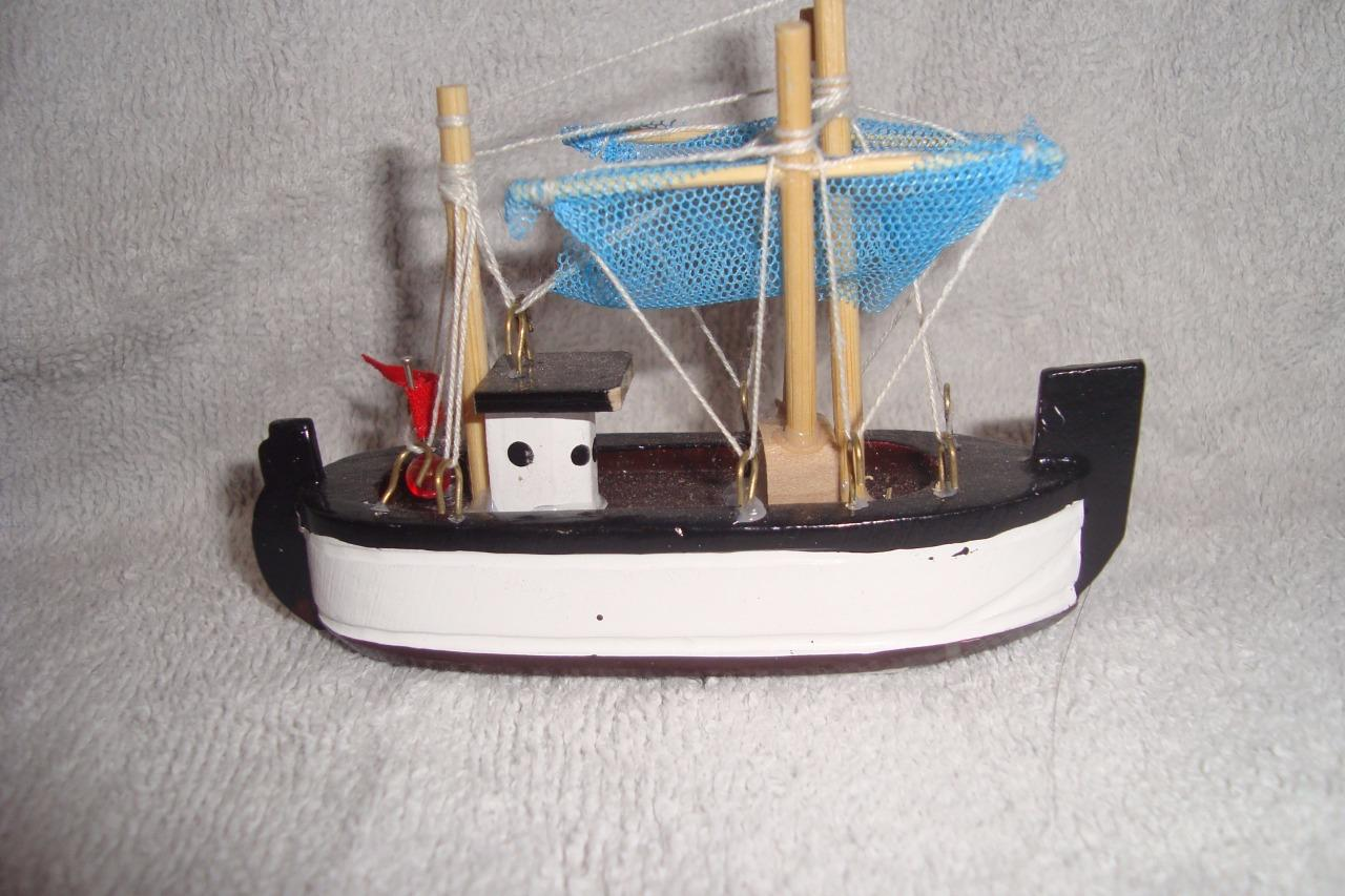 Model display ornament fishing boats 5 different types for Fishing boat types