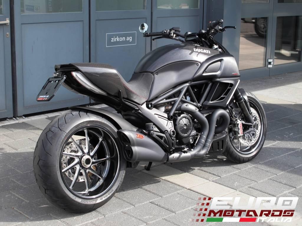 Ducati Diavel Zard Exhaust Systems