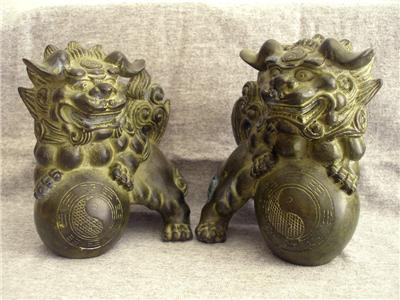 Antique Bronze chinese foo dogs & ball beast statue