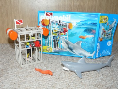 Playmobil 4500 shark cage and diver set 100 complete for Piscine playmobil