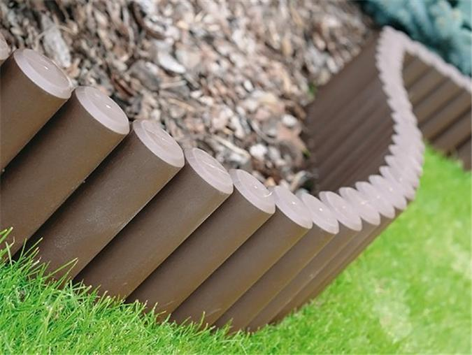 OL5 Garden fence lawn edging boarder edge hammered palisade