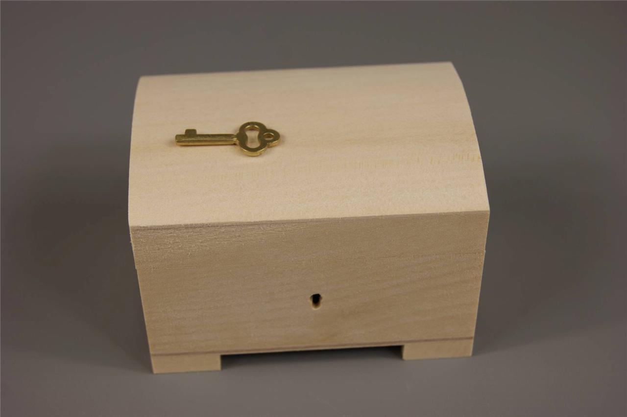 little natural wood wooden box hinged lockable psk10. Black Bedroom Furniture Sets. Home Design Ideas