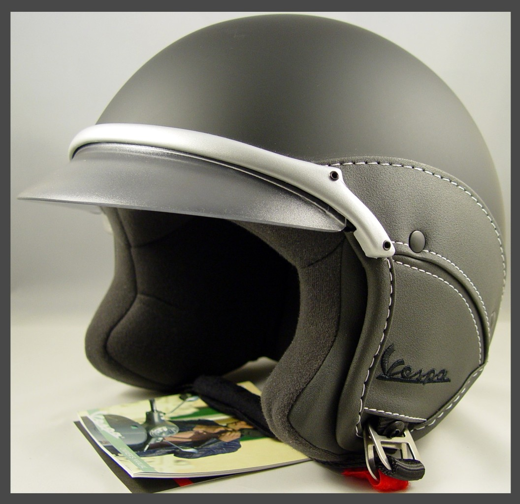 vespa soft helmet lmemine. Black Bedroom Furniture Sets. Home Design Ideas