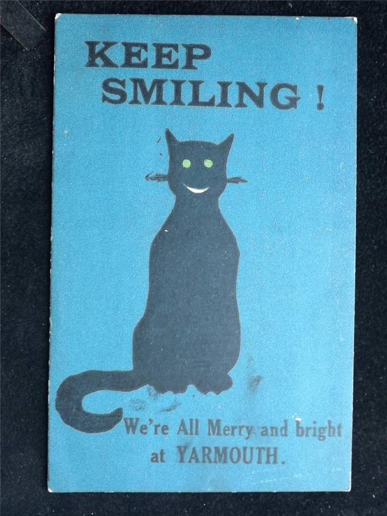 OLD-POSTCARD-KEEP-SMILING-WERE-ALL-MERRY-AND-BRIGHT-AT-YARMOUTH-USED-1919