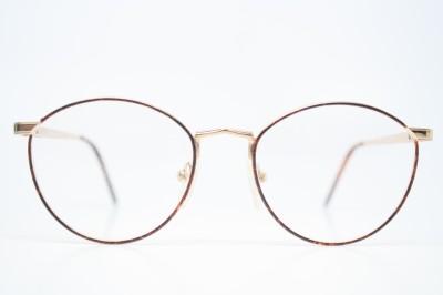sunglass lenses  or sunglass