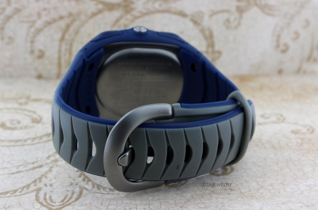 Details about mens signed nike lance armstrong ascent compass watch