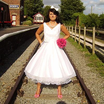 Retro Wedding Dresses on Retro Wedding Dresses    Discount Wedding Gown