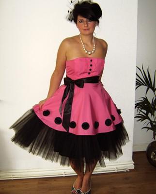 Pink 50s prom dress