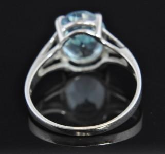 Vintage 14k White Gold Blue Topaz Solitaire Ring Signed