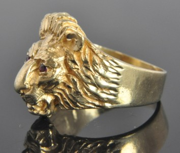 Vintage 14K Yellow Gold Natural Ruby Lion Head Animal Ring 10.25
