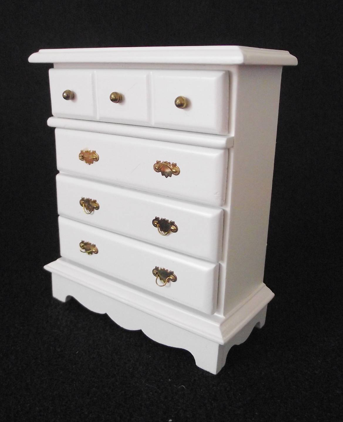 MINIATURE-DOLLS-HOUSE-FURNITURE-12TH-SCALE-CHEST-OF-DRAWERS-WHITE