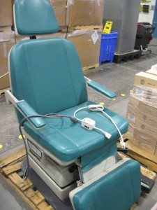 Midmark 414 Podiatry Medical Exam Chair FS13595