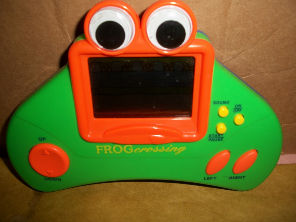 Radio Shack Toys For Boys : Vintage handheld game frog crossing radio shack frogger