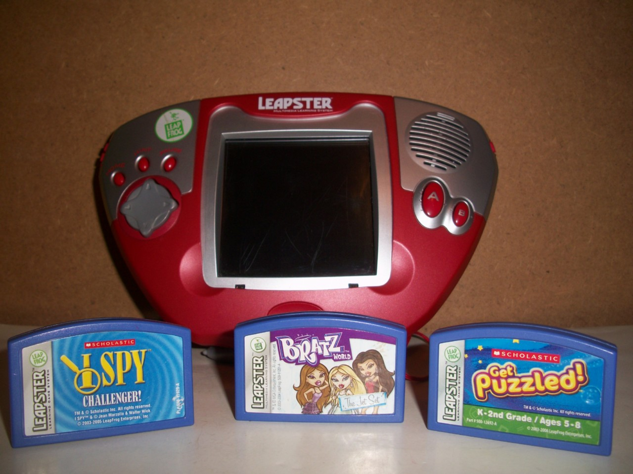 Product Description. LeapFrog Leapster Explorer Learning Game System, Green jayslowlemangbud.ga The Leapster Explorer Learning Game System from LeapFrog is an exciting, handheld gaming device that includes preset games and videos, and boasts plenty of downloadable features and cartridges.