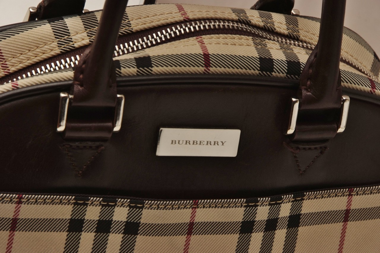 luxury good and burberry In the mid-aughts, burberry faced an unusual problem: too many people were   it's the perpetual dilemma of the luxury brand: how do you sell more stuff   bellezza mentioned tiffany & co as a good example of a company.