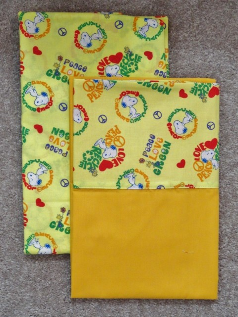 CRIB/TODDLER SHEET 2PC SET/ COTTON AND FLANNEL - SNOOPY ...