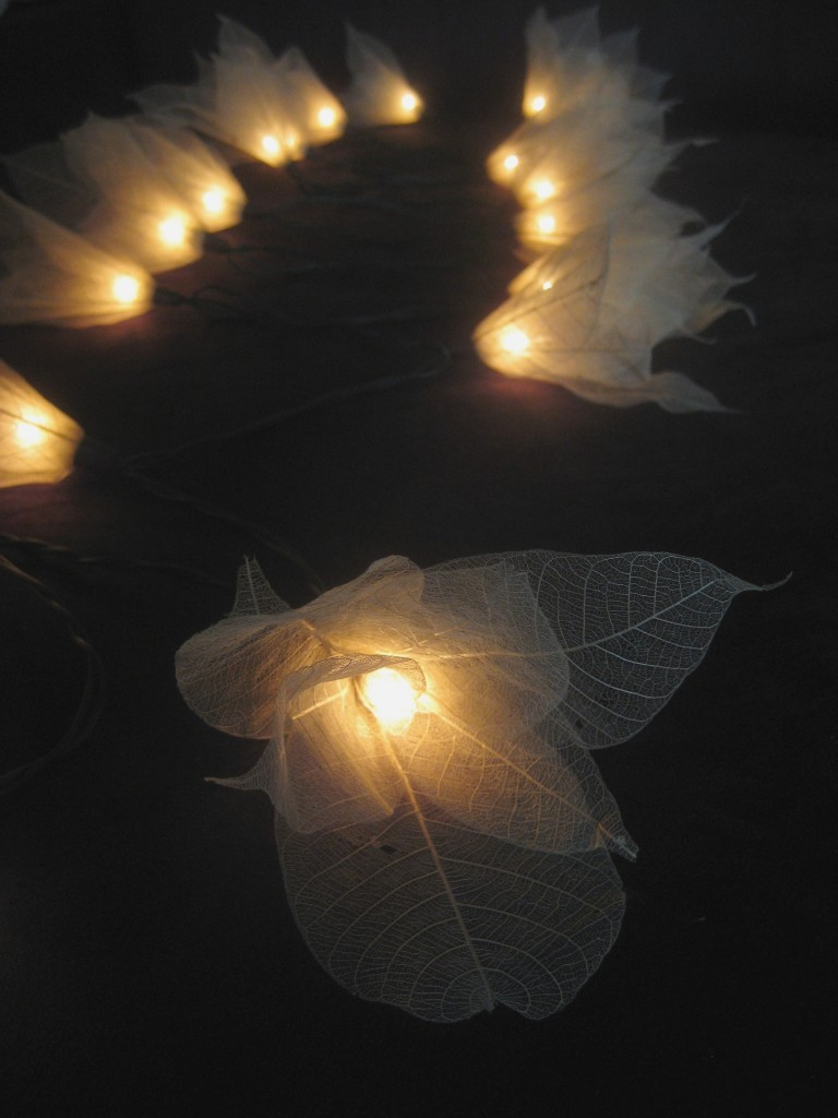 20 white battery operated star flower led string fairy. Black Bedroom Furniture Sets. Home Design Ideas
