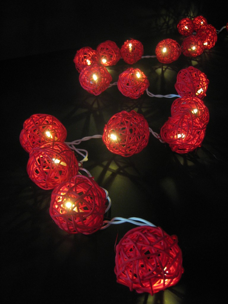 String Of Red Christmas Lights : 20 RED Wicker Rattan Ball BATTERY Operated LED String Fairy Lights Christmas NEW eBay