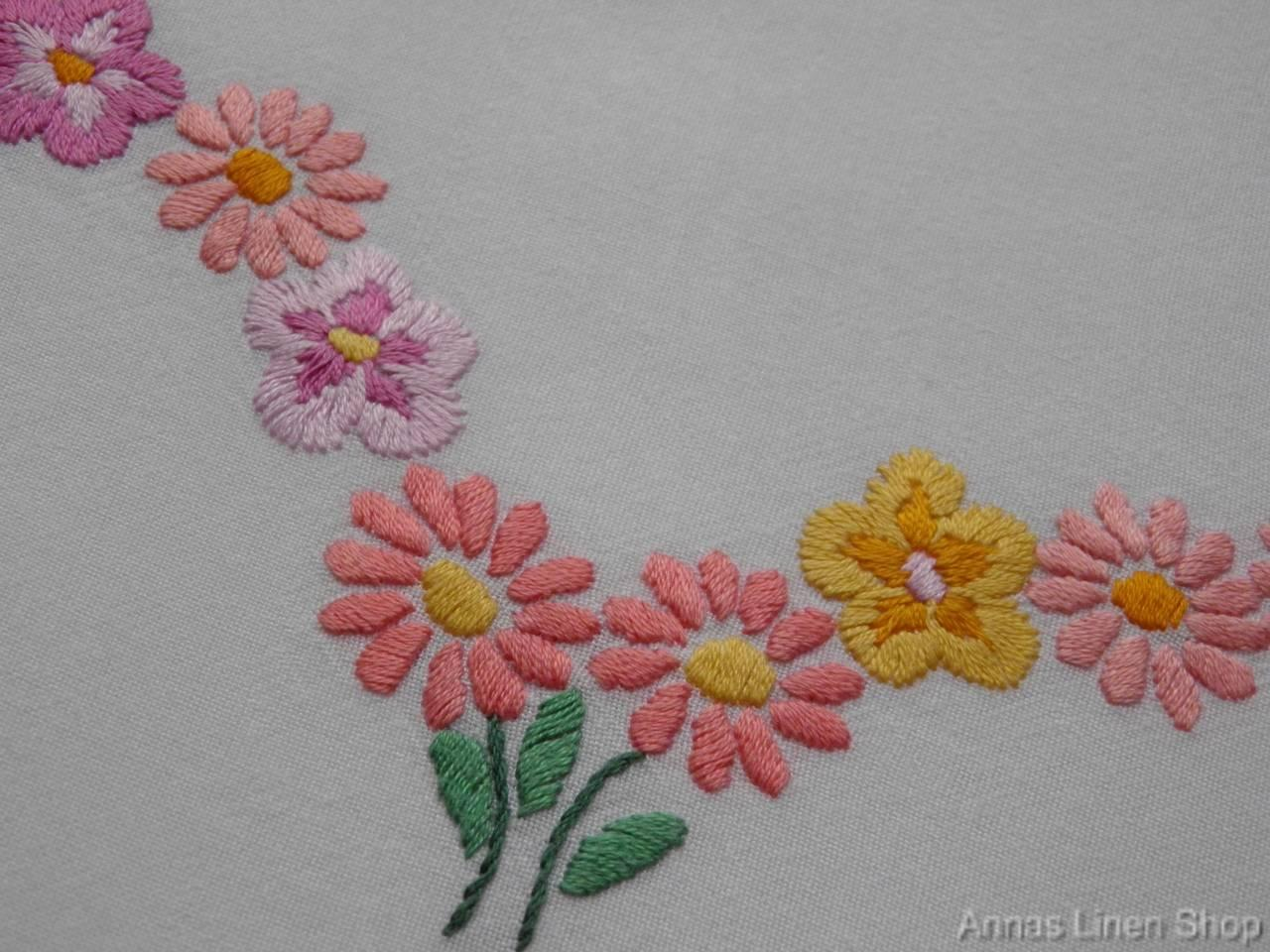 Vintage tablecloth hand embroidered daisy aster flowers