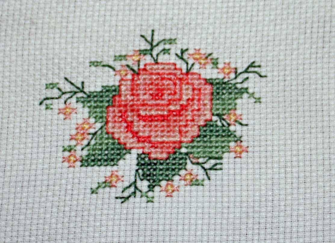 玫瑰花平绣法图解