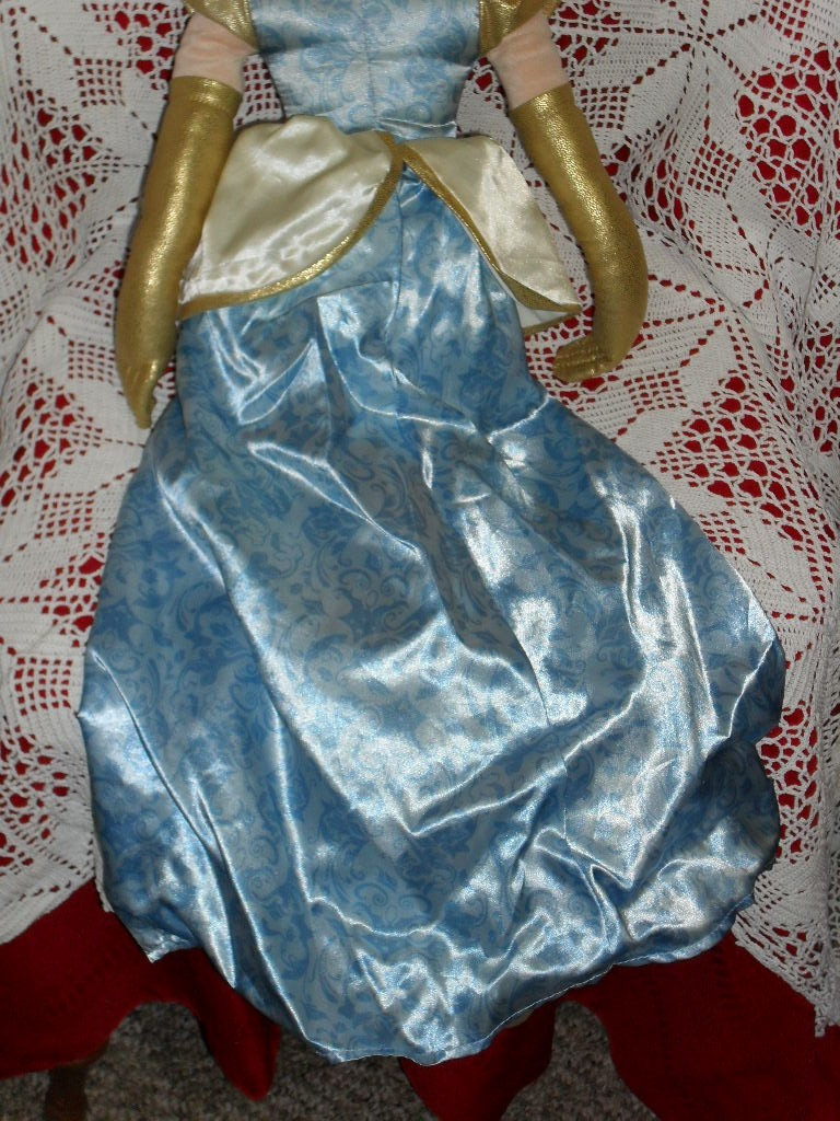 Giant 33 plush DISNEY PRINCESS CINDERELLA DOLL