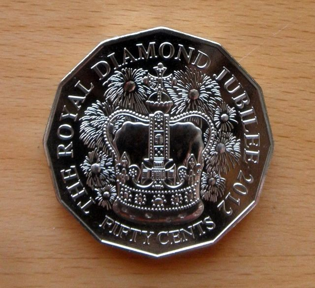 2012-AUSTRALIAN-DIAMOND-JUBILEE-50-CENT-UNC-MINT-COIN-NOT-ISSUED-FOR-CIRCULATION