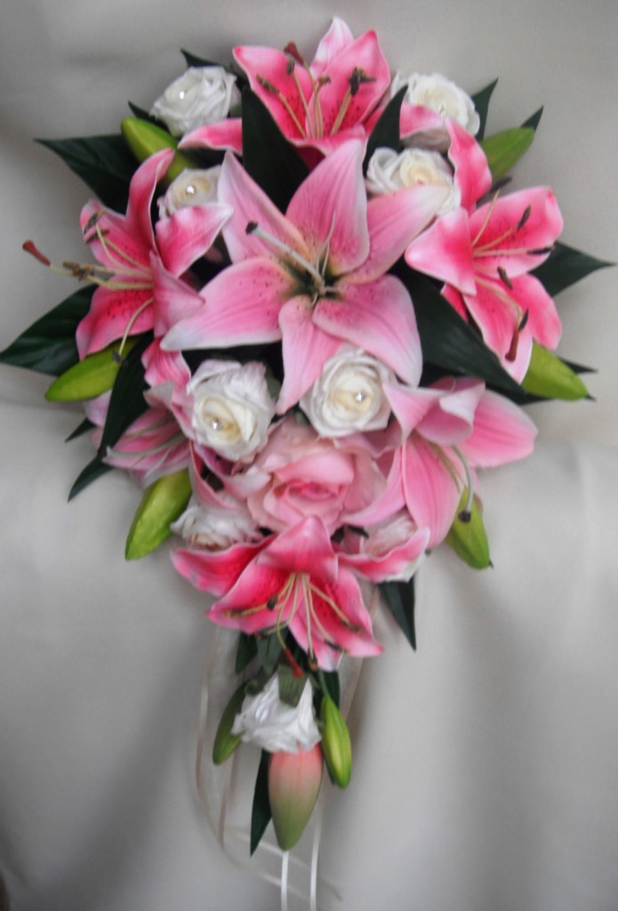wedding bouquets lillies