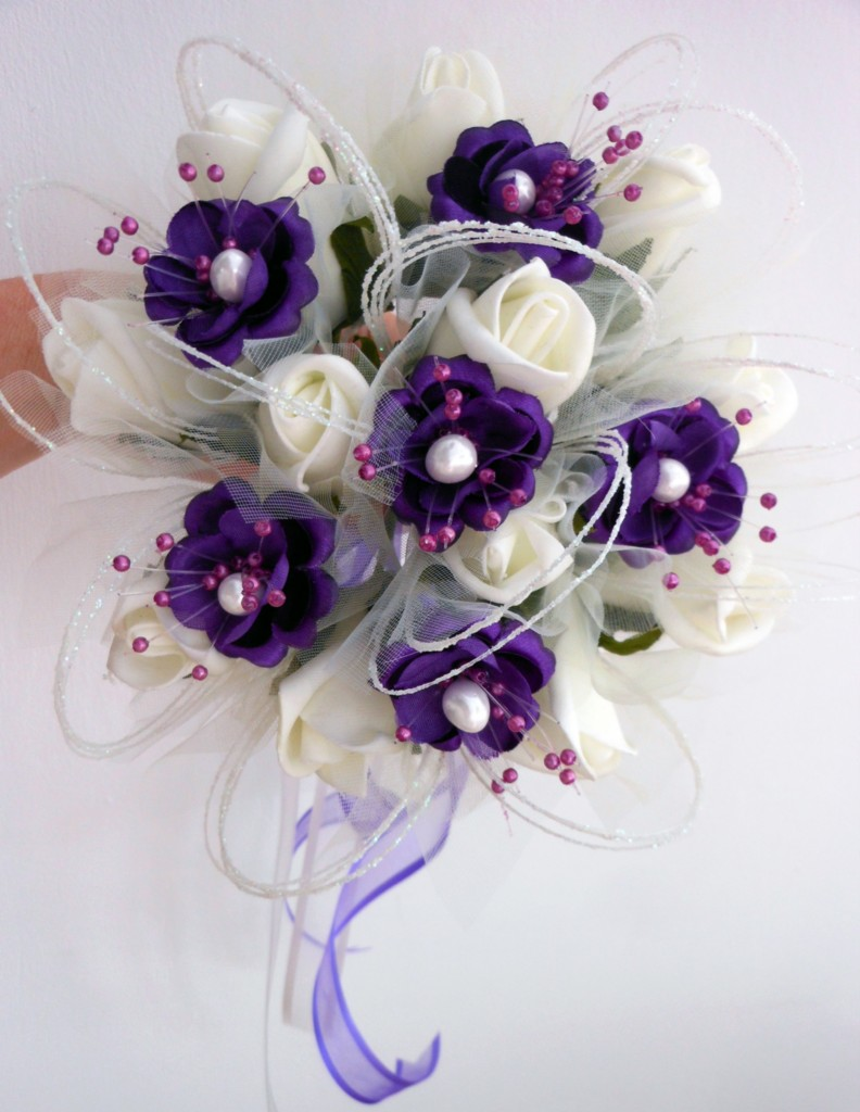 Bridesmaids posy bouquet ivory or white with purple pearl flower 3 bridesmaids posy bouquet ivory or white with purple izmirmasajfo