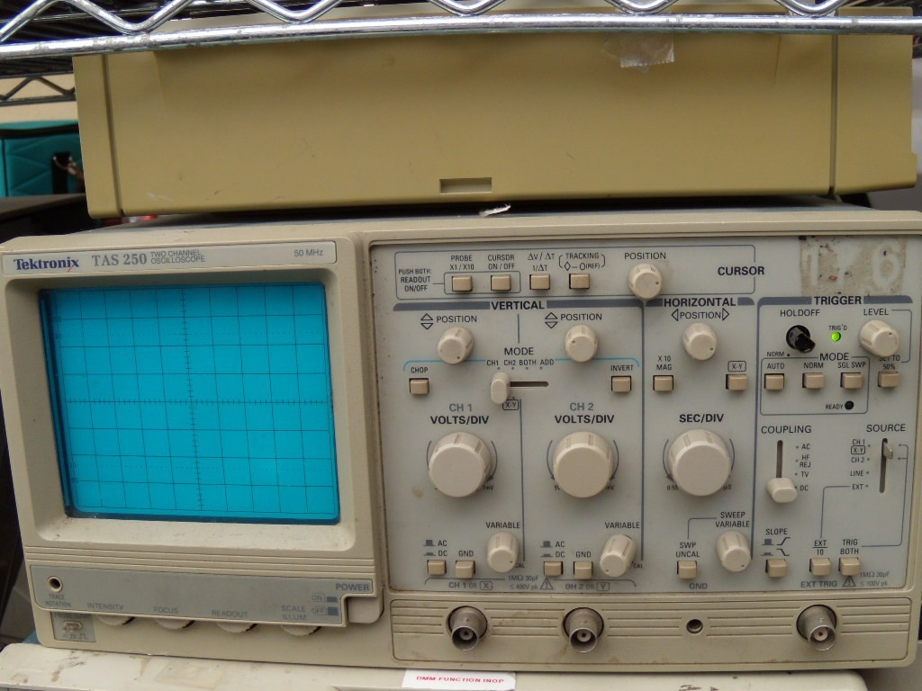 Tektronix Analog Oscilloscope : Tektronix tas analog oscilloscope ebay