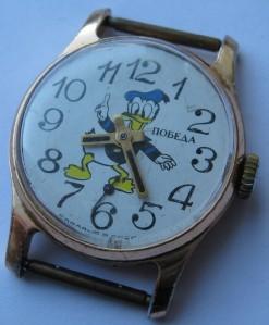 montres soviétiques (pobeda, vostok) avec des personnages Disney…? 314569333_tp