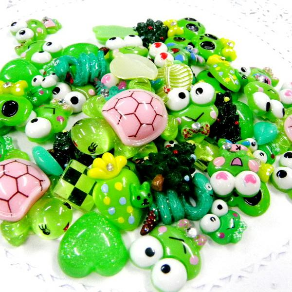 ML082 x Upick Mixed Cute Green Tone Color Resin Flatbacks Scrapbooking Kid Craft