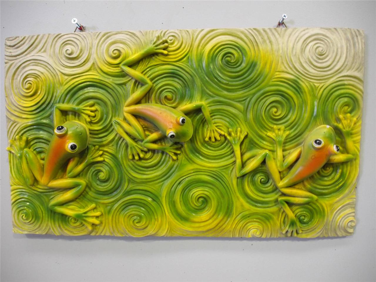 Colorful Frogs Alive IN A Swirl Pond Wall Plaque Decor ART