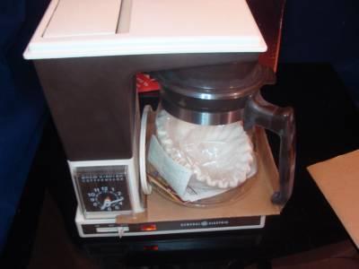 5 Cup Digital Coffee Maker General Electric : Vintage GE General Electric BREW STARTER II COFFEE MAKER 10 cups Analog Clock eBay