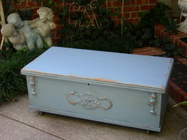 Shabby Fabulous Vintage Old Cedar Hope Chest Trunk Coffee Table Chic French Blue Ebay