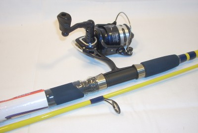Water eagle claw spinning combo spin 2pc blue yellow for Eagle claw fishing reels