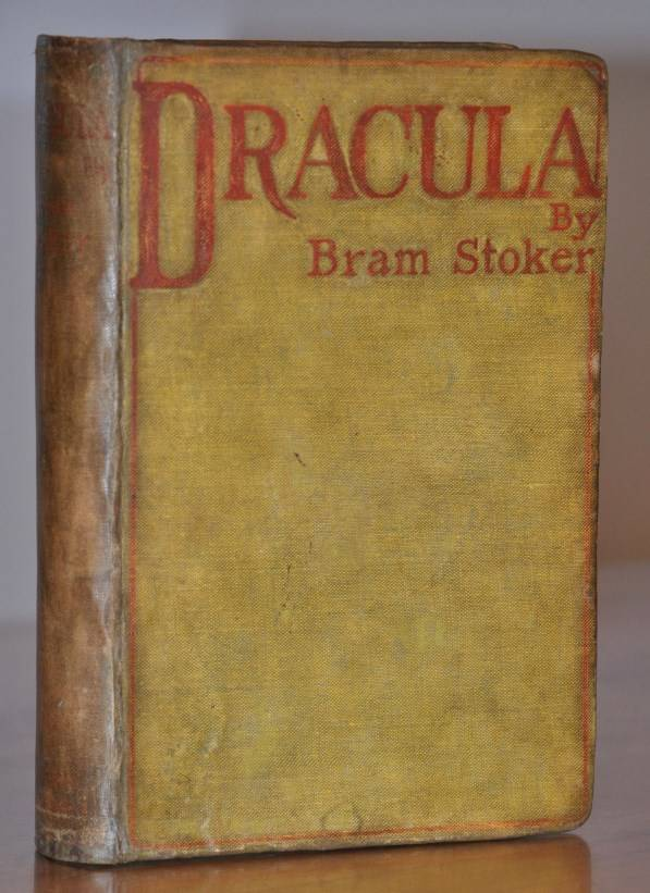 THE-SCARCE-FIRST-STATE-OF-THE-1ST-1ST-UK-EDITION-DRACULA-BRAM-STOKER