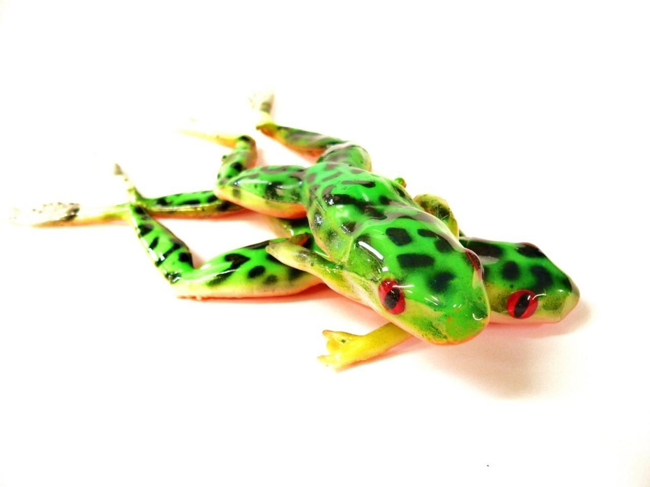 Bogbaits custom ii bog frogs 6 inch bass pike musky for Frog lures for bass fishing