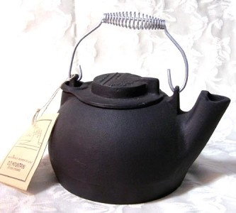 Cast Iron Kitchen Water Coffee Tea Pot Camp Fire Stove Kettle Cookware